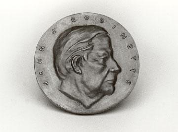 Robinette-Medal-2